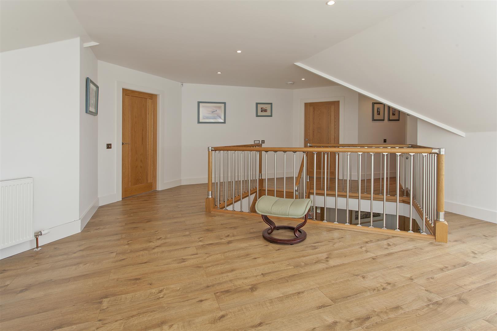 Sanibel, Broadfold Farm, Auchterarder, Perthshire, PH3 1DR, UK